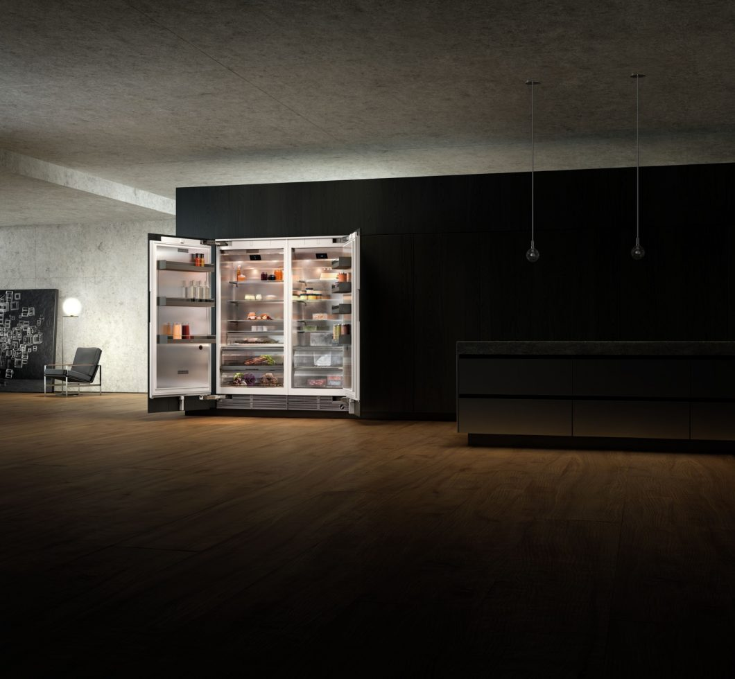 Die neue Gaggenau Vario 400-Kühlserie bietet nicht nur beeindruckend viel Stauraum, sondern auch ein äußerst luxuriöses Design mit blendfreiem Licht und eloxierten Aluminium-Elementen. (Foto: Gaggenau)