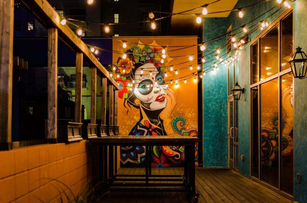Mystisches Mexiko: das leidenschaftliche Land zwischen Tequila und Tontöpfen wird im Mittelpunkt der Ausgabe 01/20 des Küchen&Design Magazins Print stehen. (Foto: Jeremy Harris)
