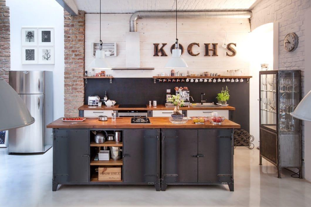Typisch amerikanisch? Tatsächlich orientieren sich die Stahlmodule von NOODLES an den legendären Stahlbauten New Yorks aus den 20er Jahren - und holen dieses Retro-Gefühl frisch aufbereitet zurück in moderne Küchenräume. (Foto: Noodles Corp.)