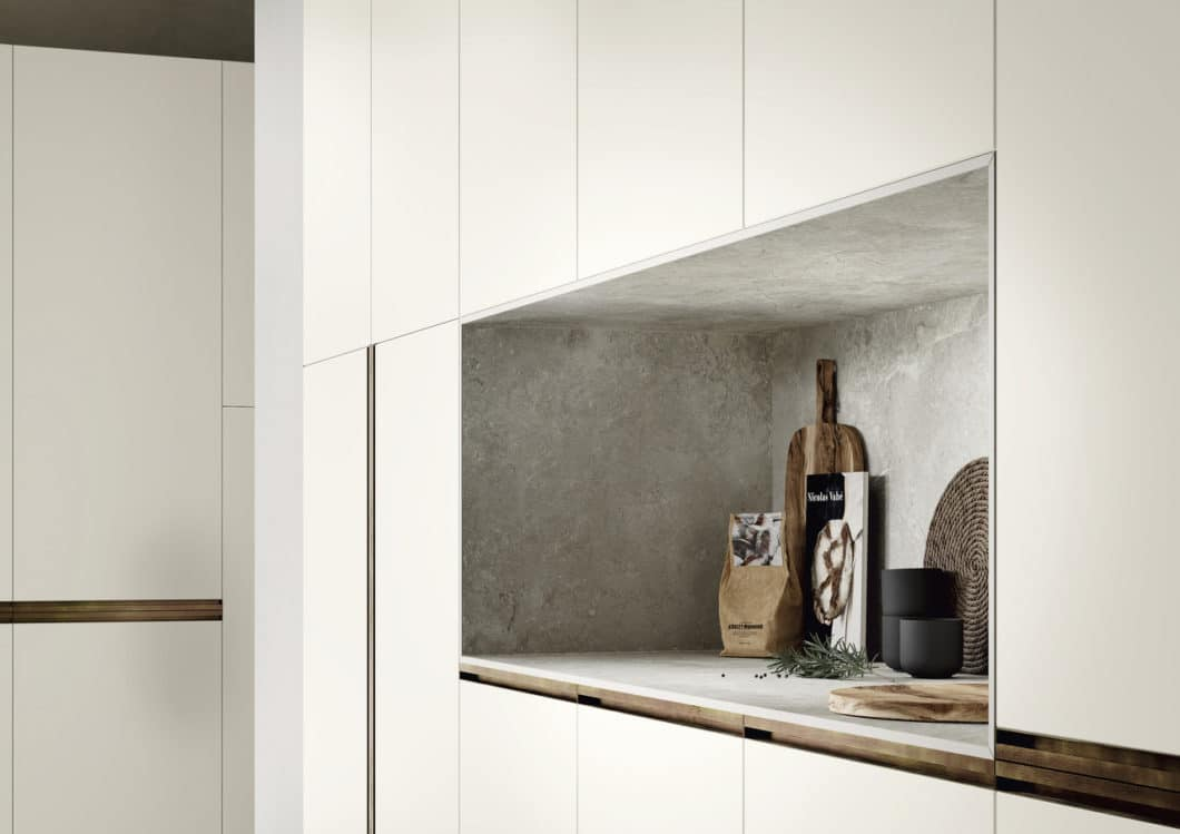 Die SapienStone-Platten sind mit 15 Millimetern so dünn, dass sie auch für maßgeschneiderte Küchenmöbel eingesetzt werden können. (Foto: SapienStone)