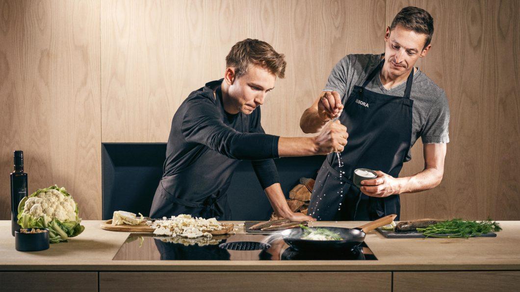 Früher Döner, jetzt High End-Küche? Auch junge Menschen interessieren sich zunehmend für gesundes, selbstgekochtes Essen - und folgen (Sterne-)Köchen und Markenbotschaftern auf Social Media. (Foto: BORA)