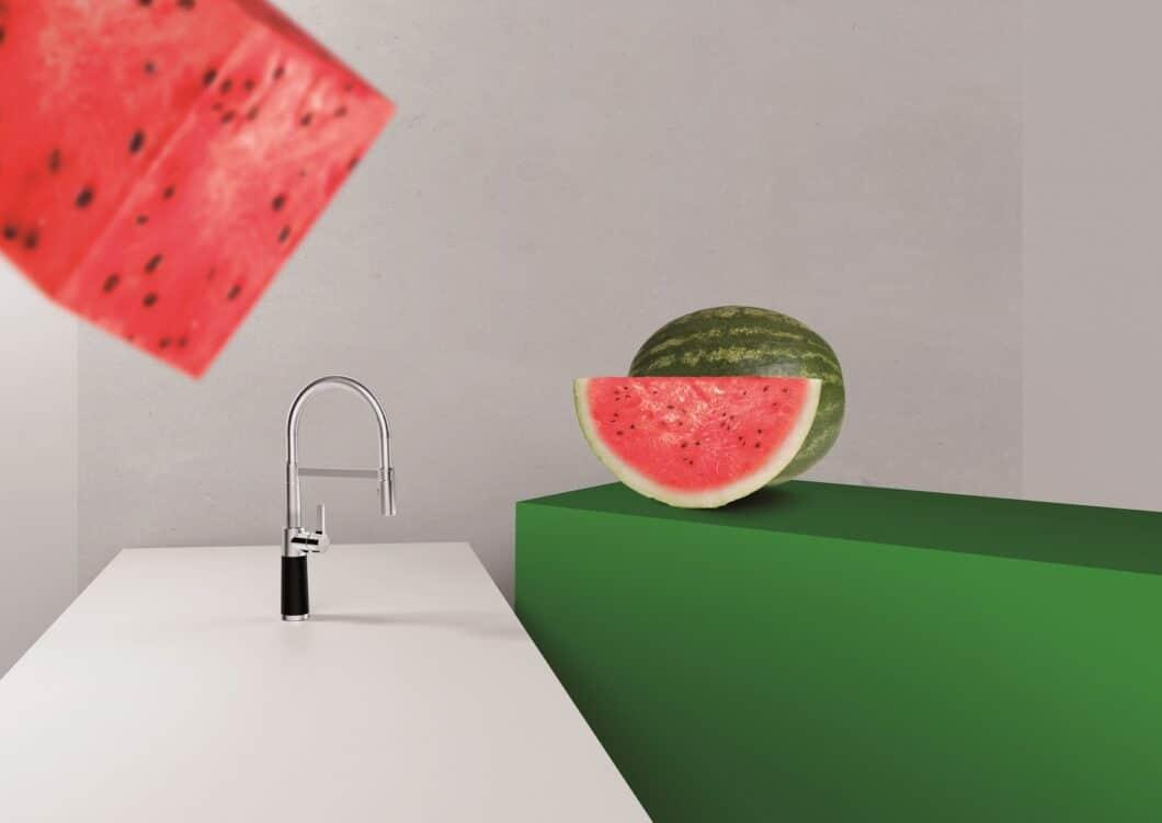 Farben spielen im SCHOCK-Kosmos schon immer eine wichtige Rolle. Das patentierte CRISTADUR-Verfahren bringt besonders intensive Farben hervor - für Spülen, die zu rund 80% aus Quarz (hartem Granit) bestehen. (Foto: SCHOCK)