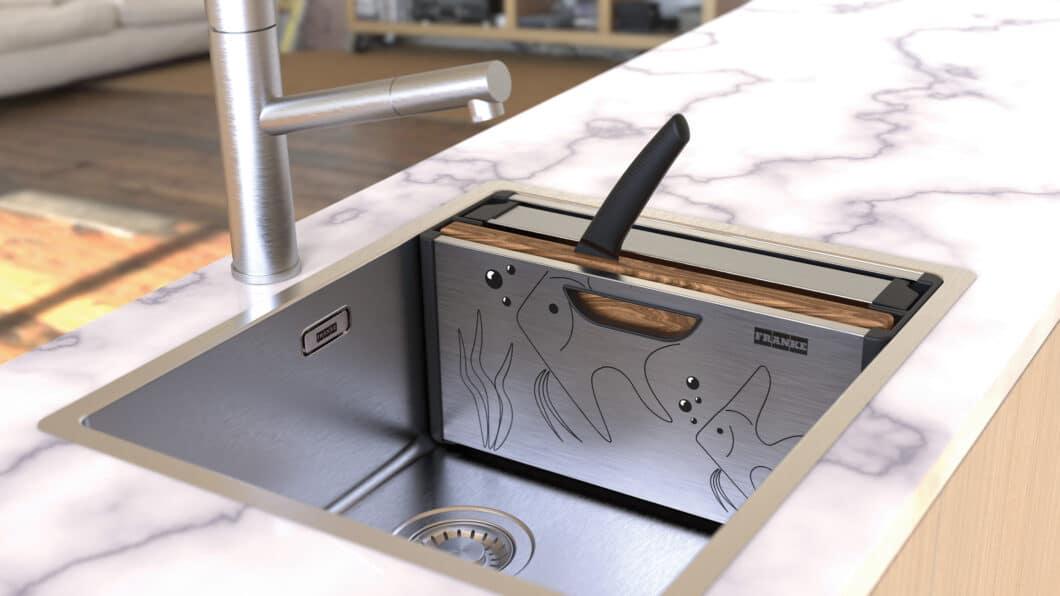 """Ein charmantes Detail gelang den Franke-Designern mit der Positionierung des Messers, das wie eine Schwanzflosse aus dem geschlossenen """"Andy Chef"""" herausragt. (Foto: Franke GmbH)"""
