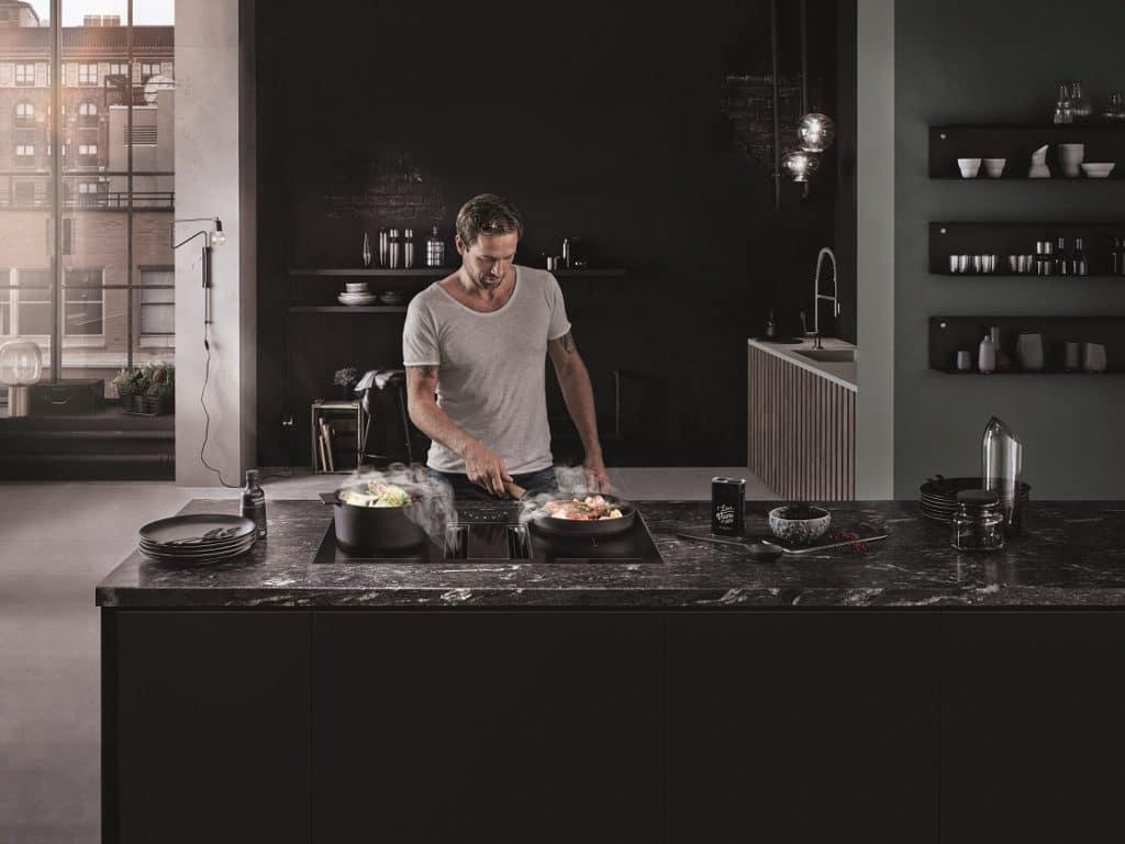 """Mit seinen 83 Zentimetern Breite ist das """"Downline Performance"""" den großzügigen Küchenräumen vorbehalten. (Foto: berbel)"""
