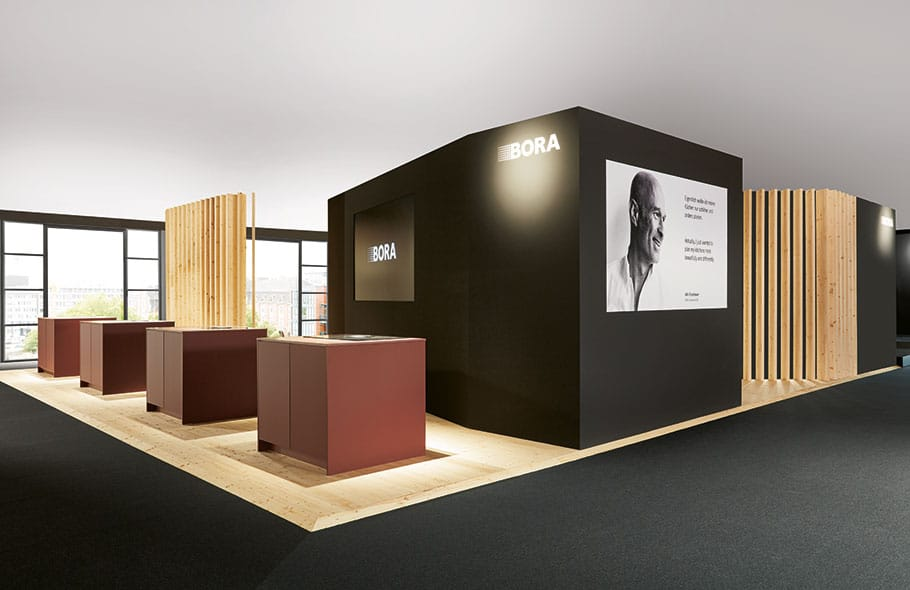 Mit dem Kochfeldabzug-Produzenten BORA hat nobilia einen eigenen Muldenlüfter entworfen. (Foto: nobilia)