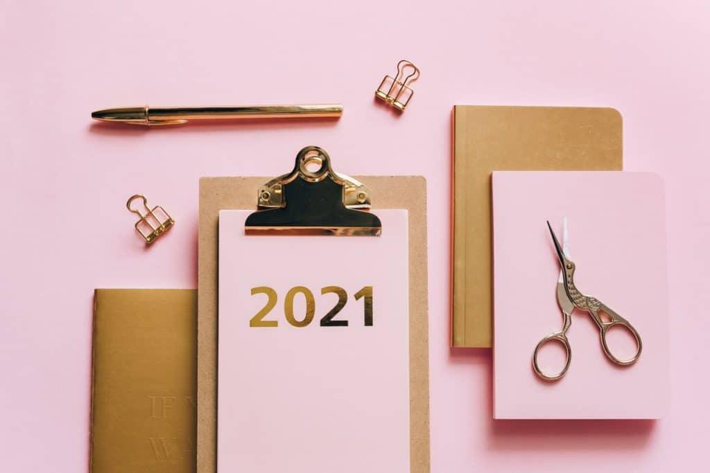 Das neue Jahr als unbeschriebenes Blatt. Wie werden Sie es befüllen? (Foto: Olya Kobruseva)