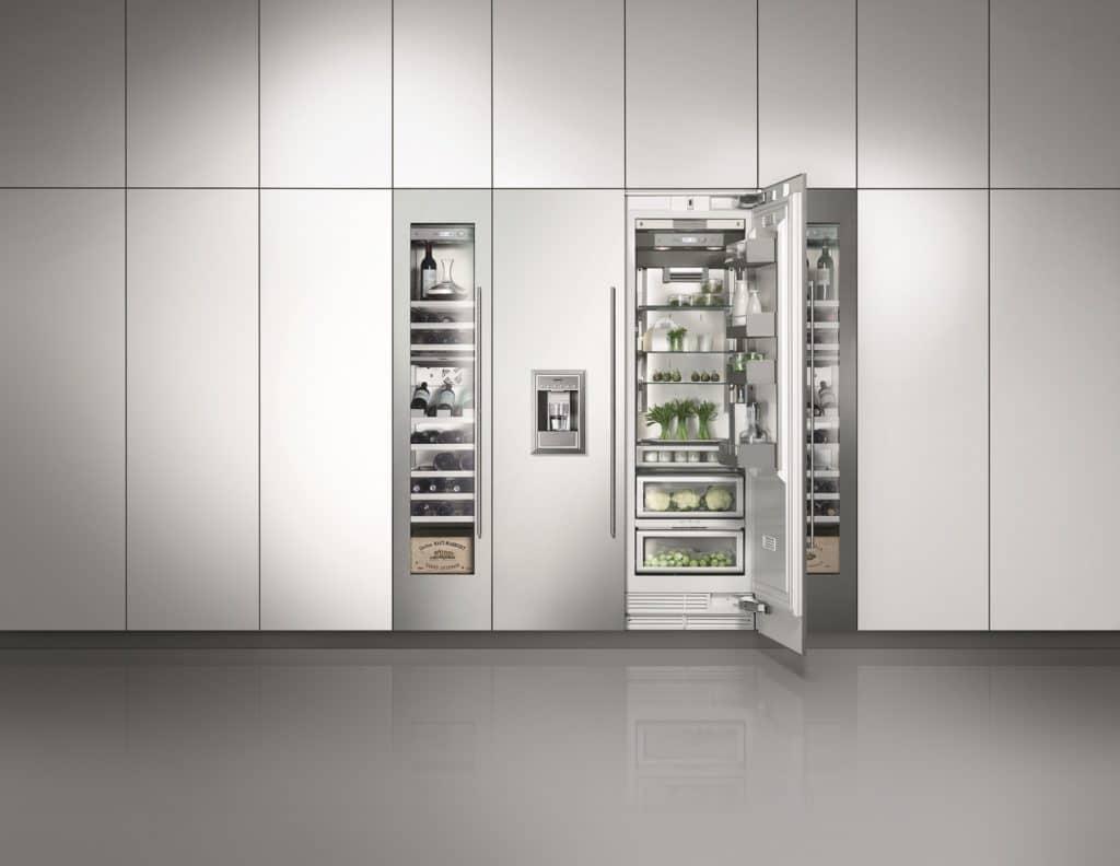 Klar, ein Kühlschrank zählt zu den Standard-Einbaugeräten jeder Küche. Es gibt aber günstige Varianten oder wahre Luxus-Kühlwände - so wie dieses Modell der Gaggenau-Serie Vario 400. (Foto: Gaggenau)