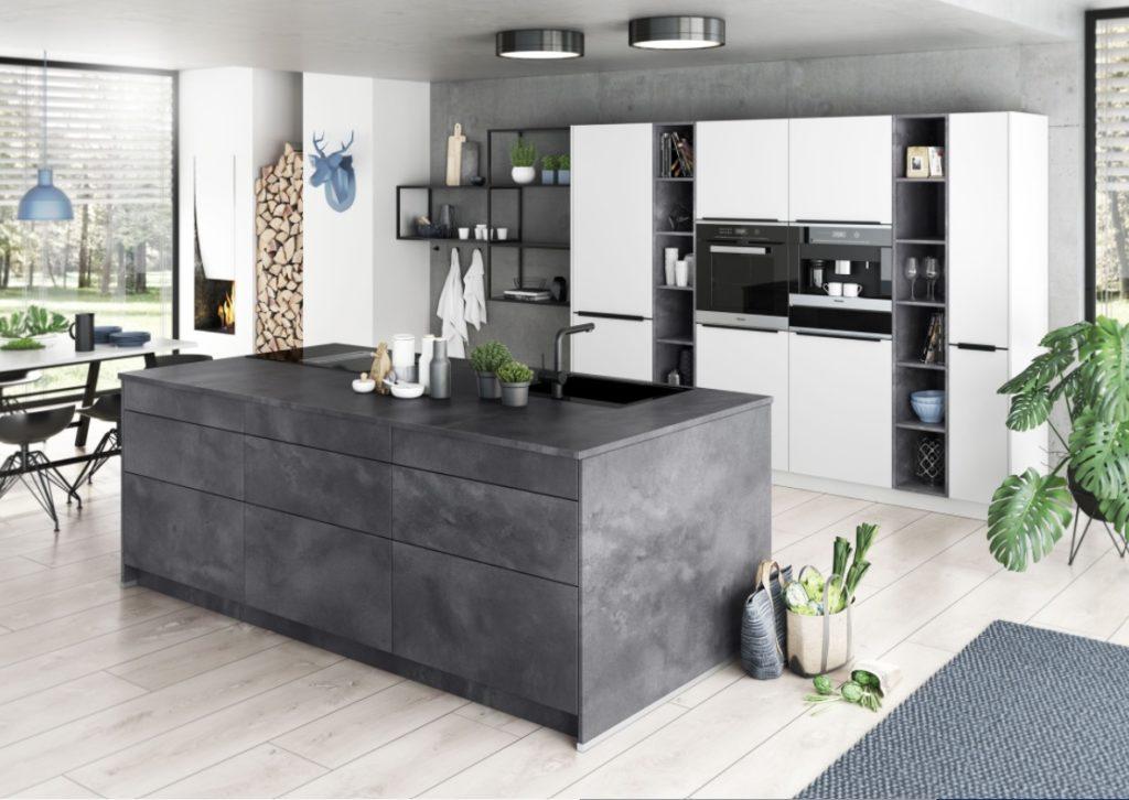Moderne Küchen für jedes Budget, puristisch oder im Landhausstil, lassen sich bei Beste Küchen in Forst (bei Bruchsal) mit den Marken Rotpunkt, Artego und KH Systemmöbel realisieren. (Foto: artego)