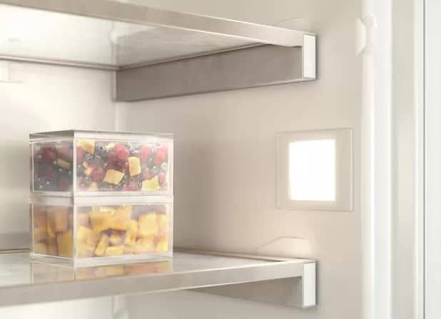 Ein effizientes Kühlsystem mit Spezialfilter sorgt dafür, das frische Lebensmittel länger haltbar bleiben. (Foto: Gaggenau)