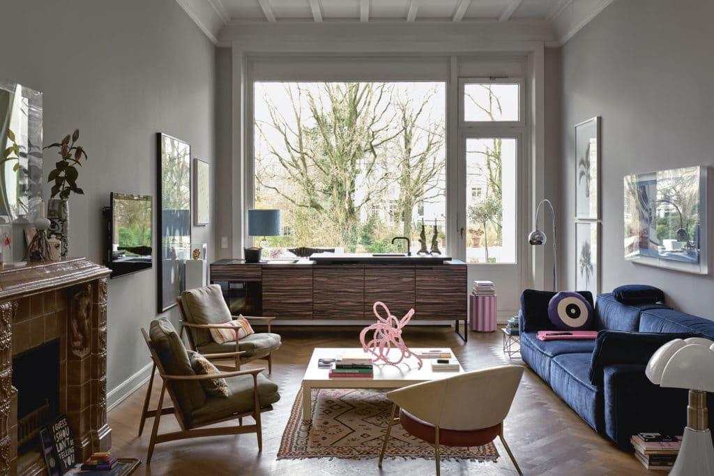 Küche und angrenzender Wohnraum sollten aufeinander abgestimmt sein. Hier beginnt die Wohnlichkeit. (Foto: Poggenpohl)