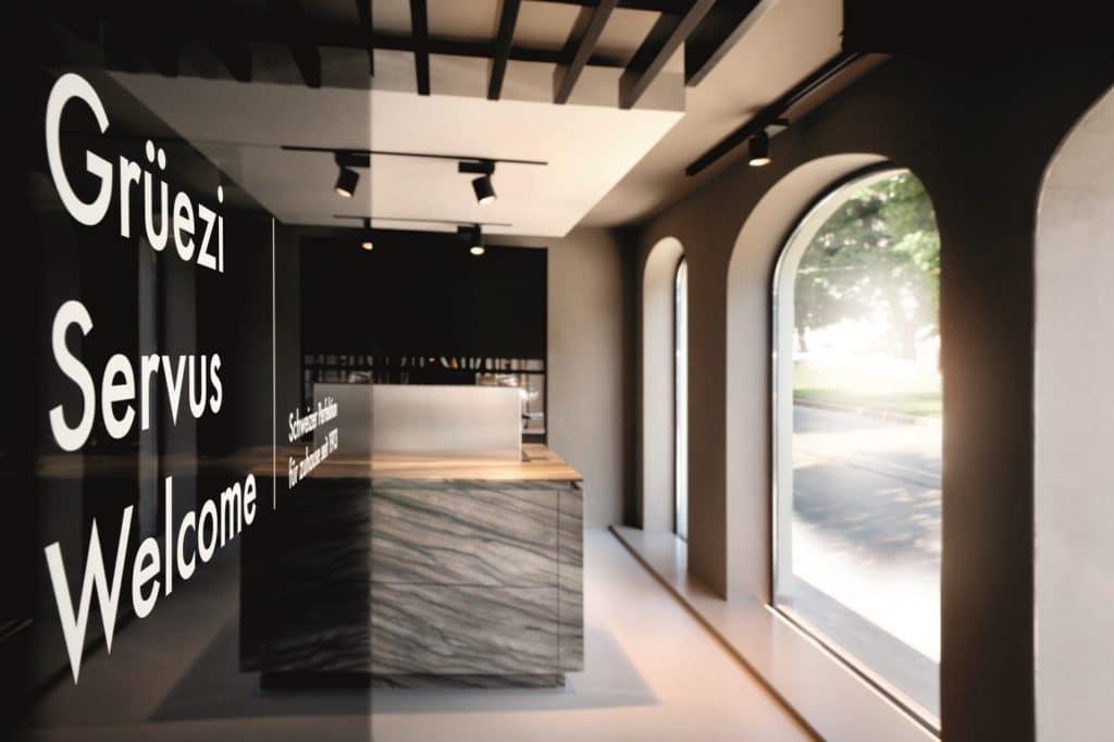 Grüezi aus der Schweiz: V-ZUG erschließt sich gerade auch in der D-A-Region eine größere Bekanntheit. Klientel: Luxusküchenkäufer:innen und Gourmets. (Foto: V-ZUG)