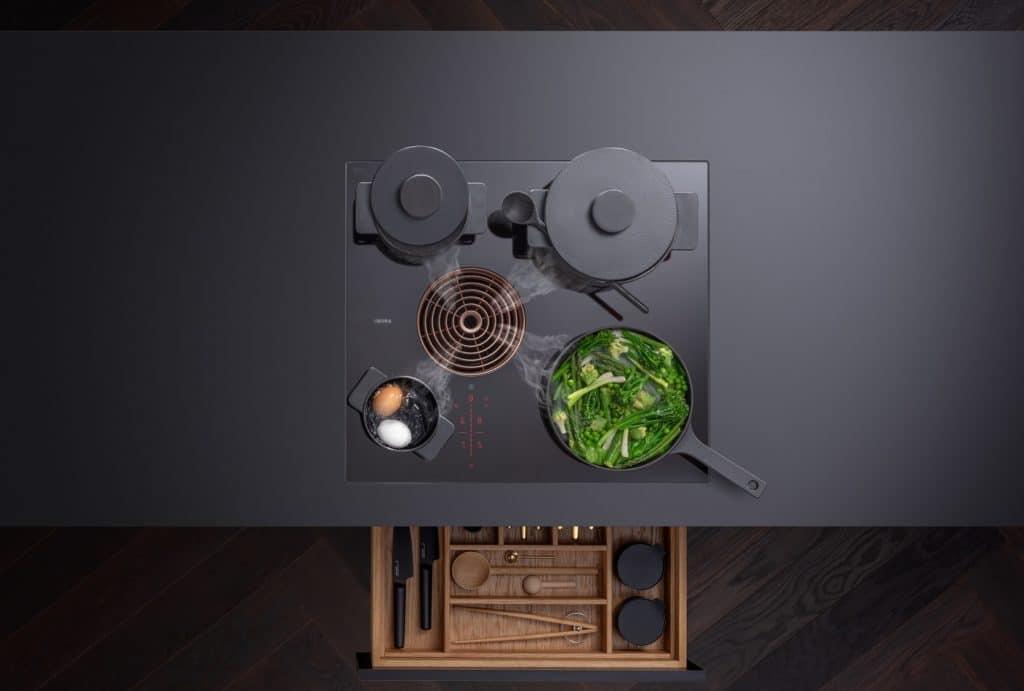 Vier Kochzonen, vier verschiedene Größen: das BORA S Pure wirbt mit maximaler Kochfeldausnutzung auf 60 cm. (Foto: BORA)