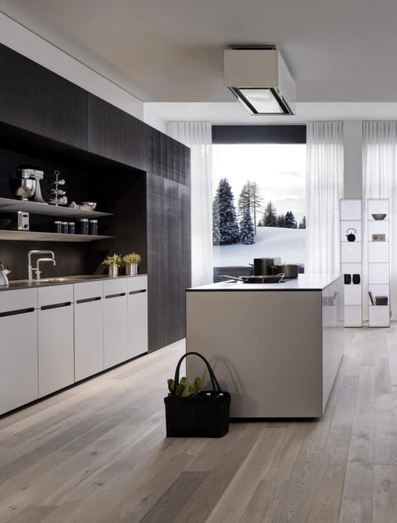 Moderne Premiumküchen sind mit einem hohen Grad an technischem Komfort ausgestattet. Nur beim Müll haperte es bislang - das soll sich dank FreezyBoy nun ändern. (Foto: FreezyBoy)