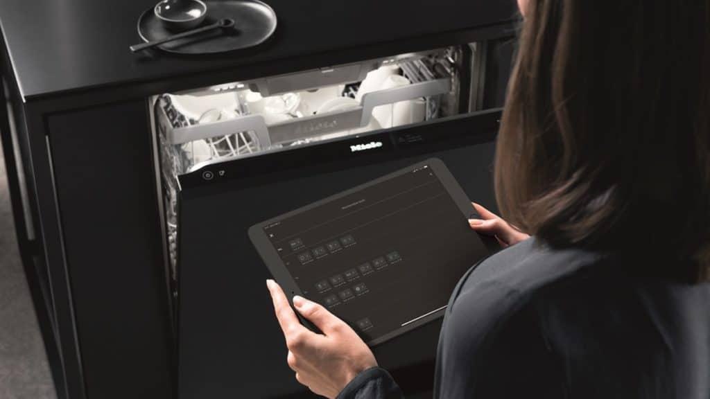 Energieeffizienzklasse A nach neuem Label: fast alle Miele-Geschirrspüler der Klasse G 7000 genügen nun diesen Ansprüchen. (Foto: Miele)