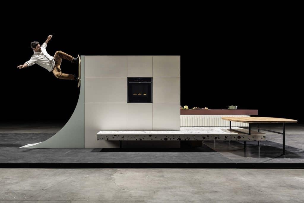"""Unglaublich kreativ, unglaublich flexibel: die """"Neff Skate Kitchen"""" zeigt, welche Freiheit die moderne Küchen- und Geräteplanung bietet. (Foto: Neff)"""