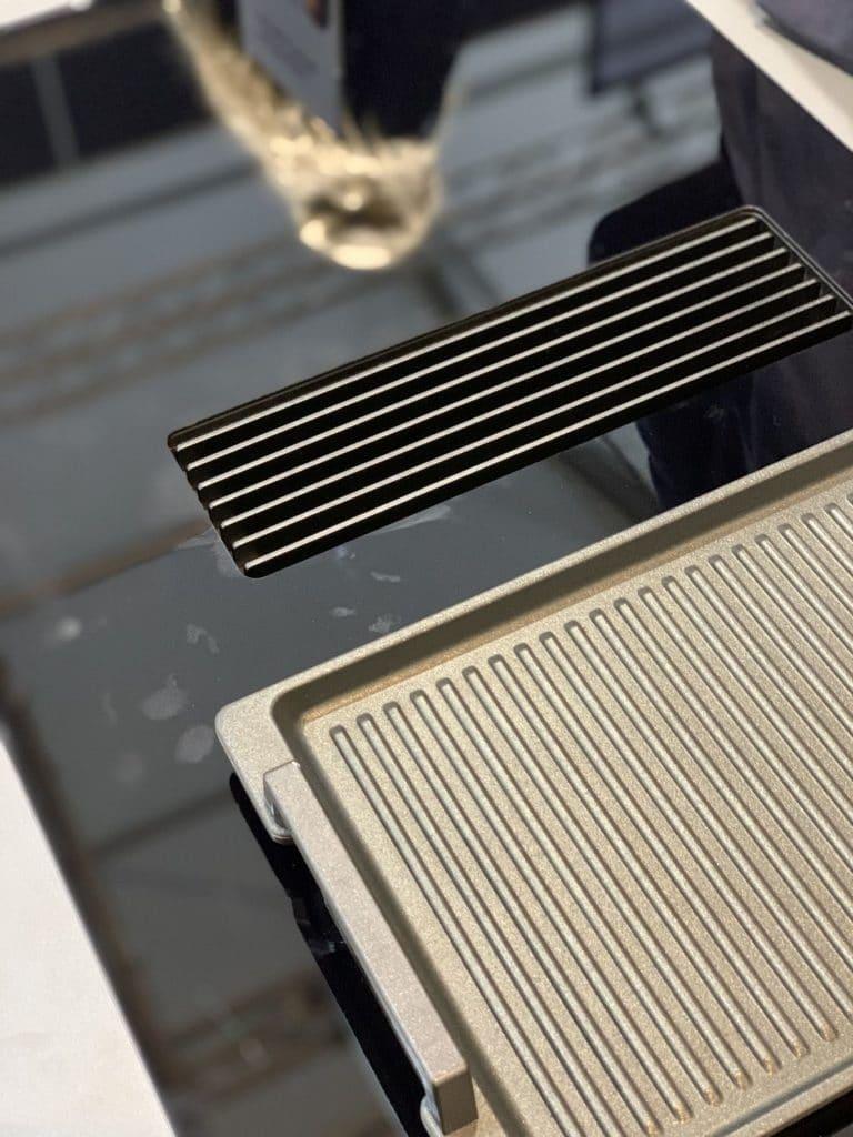 Ein Lüftungsgitter aus schwerem, wertigem Gusseisen: zu finden in der neuen Novy Easy. (Foto: Küchen&Design Magazin)
