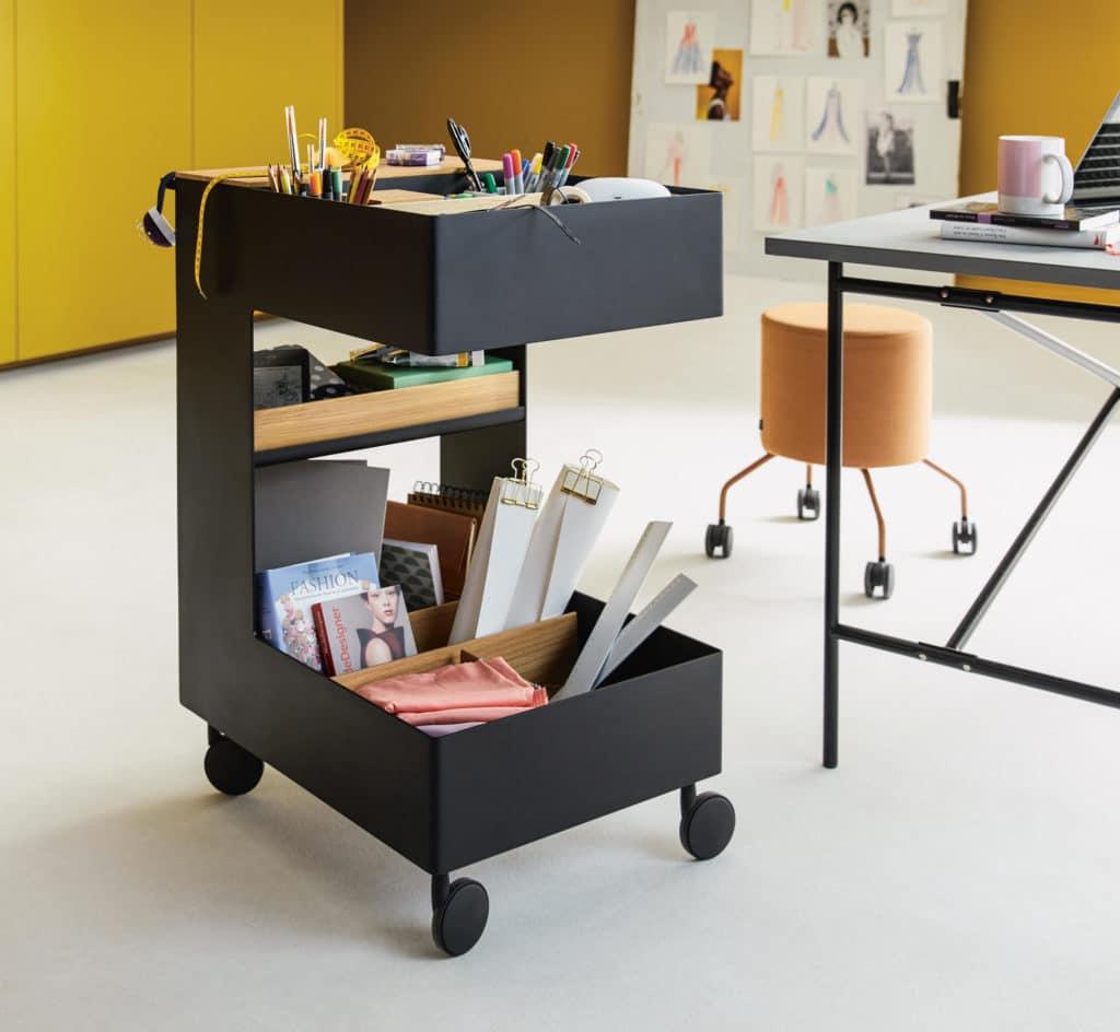 Home Office in der Küche: gelingt mit einem mobilen Büroschrank auf Rollen. (Foto: next125)